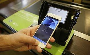 鳥人嗶嗶第51期:Apple Pay上線 指紋支付方便快捷