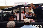 墨西哥劫匪打劫面包女店主 遭民众私刑暴打[多图]