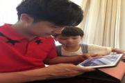 田亮与儿子抢平板电脑 网友:看到两个田亮[多图]