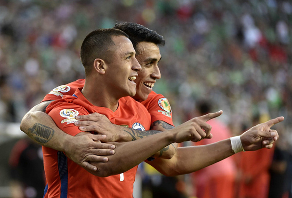 美洲杯:巴尔加斯独进四球 智利7-0大胜墨西哥[图]图片1